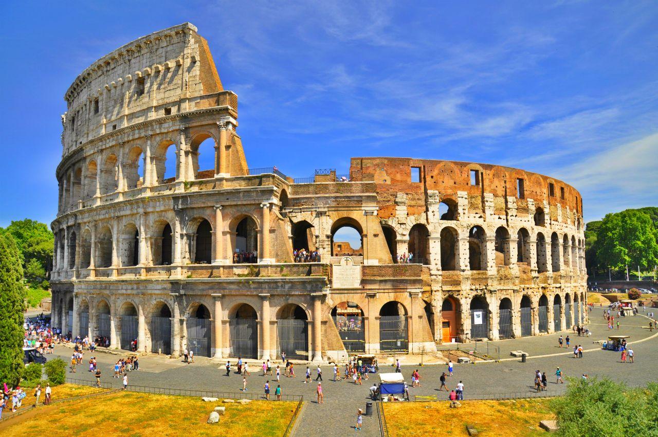 Il colosseo maestra pamela for Colosseo da colorare